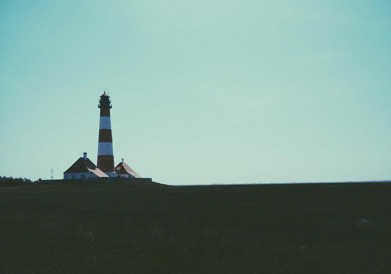lighthouse-690959_1280